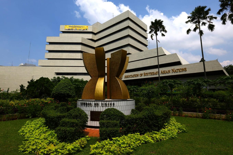 ASEAN urged to 'take stock' in 50th year