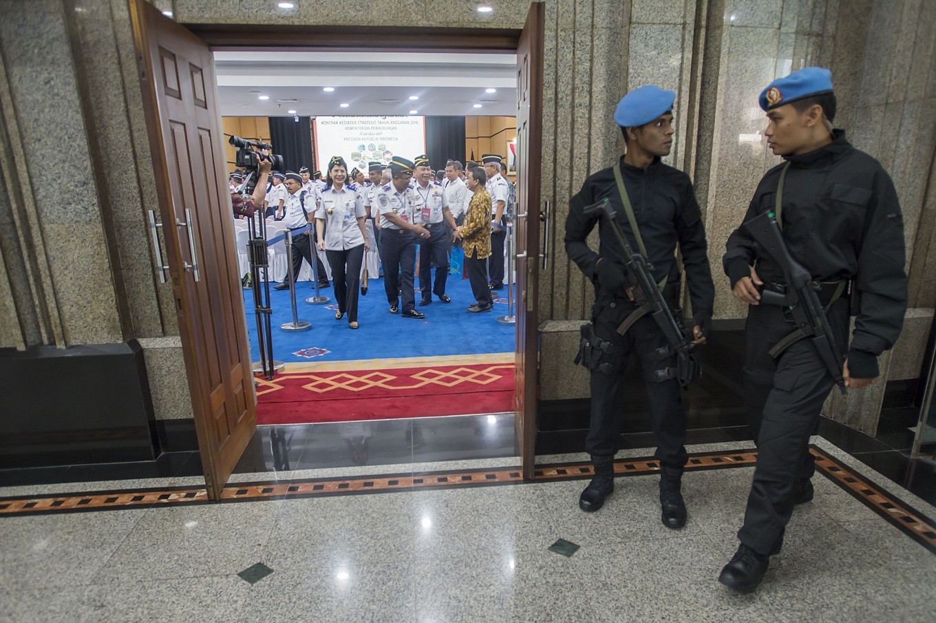 Paspampres members punished for illegal gun purchase from US: Palace