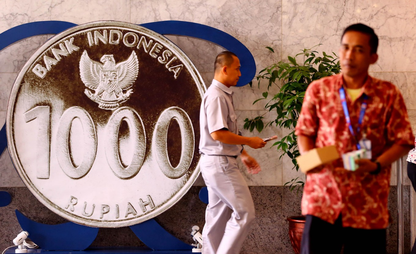 """BI warns Bali retailers over """"candy currency"""""""