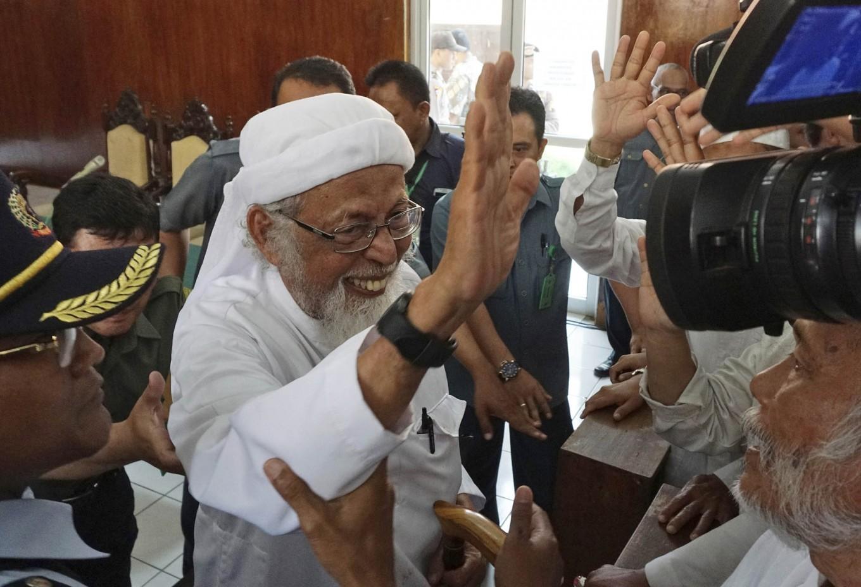 Terrorist convict Abu Bakar Ba'asyir gets 3-month sentence cut