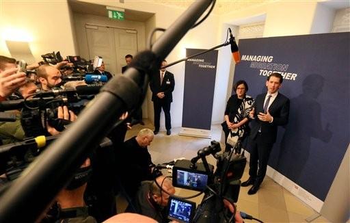 Austria wants a full stop to migrant influx along Balkans