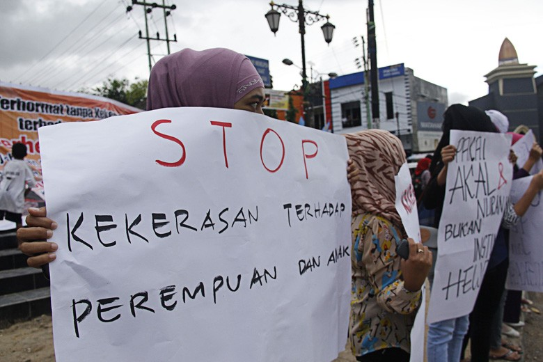 Emergency of sexual violence against children in Gorontalo: Group