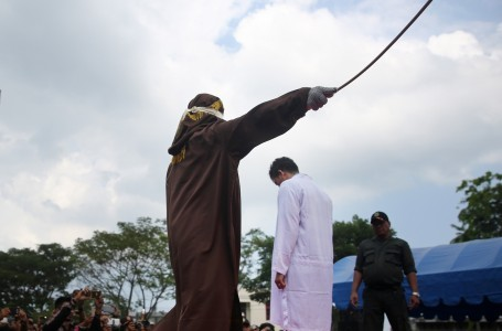 Govt told not to revoke sharia inspired bylaws