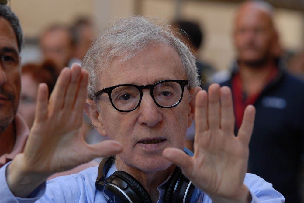 Woody Allen son says father did not molest daughter