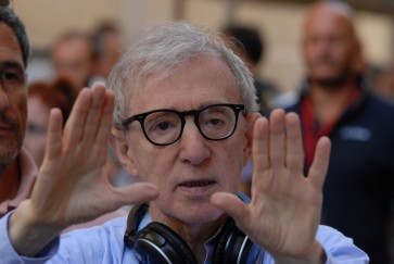 Woody Allen backlash grows as daughter says telling 'truth'