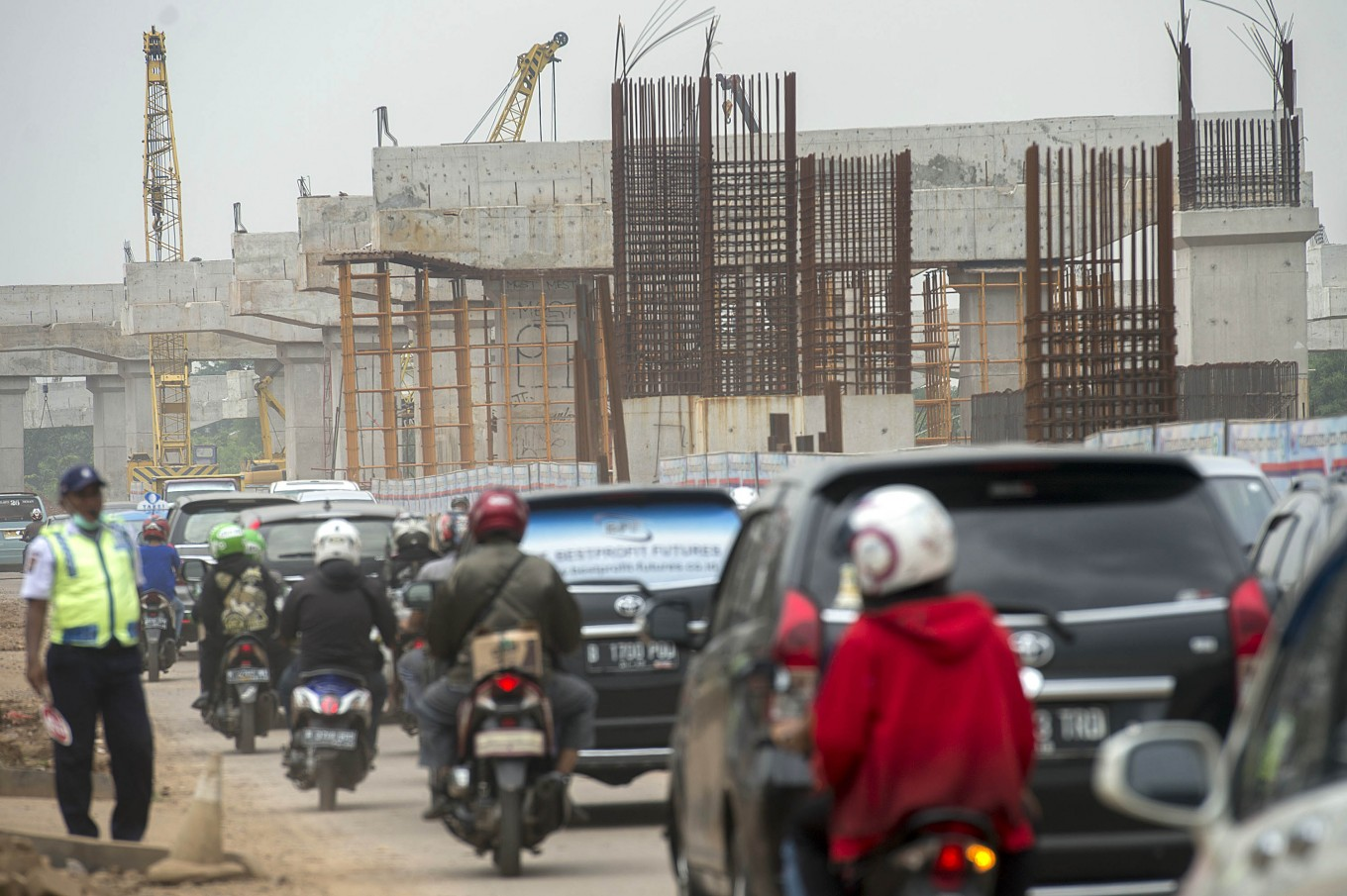 Certainty sought to lure investors for Indonesian infrastructure projects