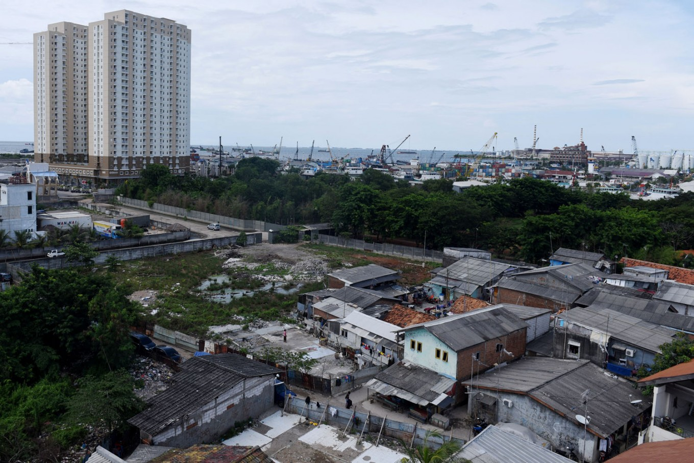 Jakarta Police, military join hands to secure empty houses