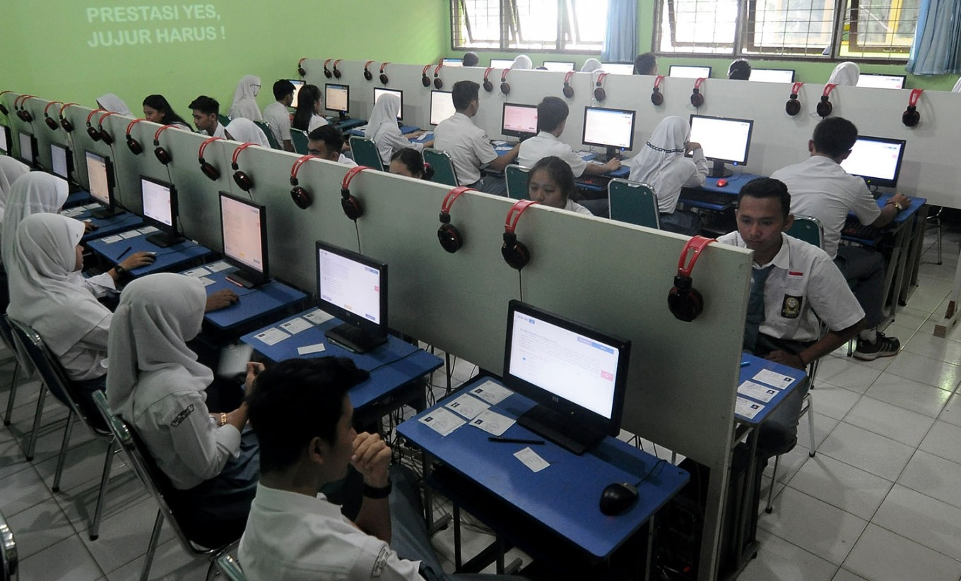 Troubled servers hamper computer-based exams