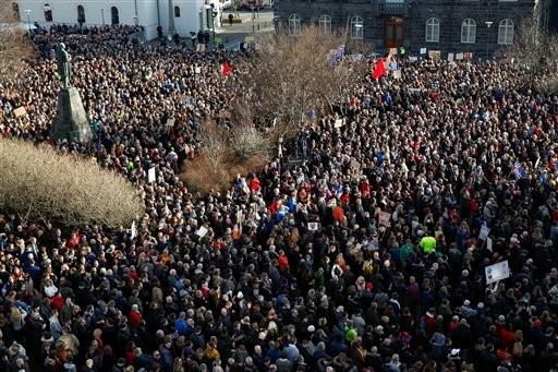 More protests ahead as Icelanders seek leader's resignation