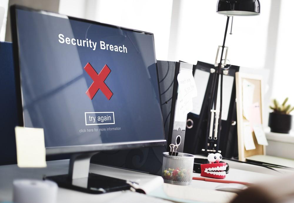 Police mulls hiring arrested hacker