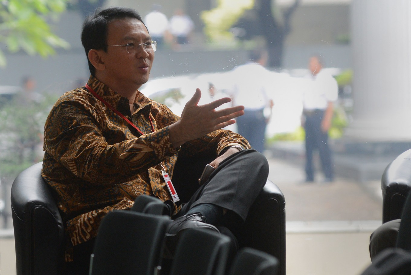 Ahok fulfills KPK summons for questionings