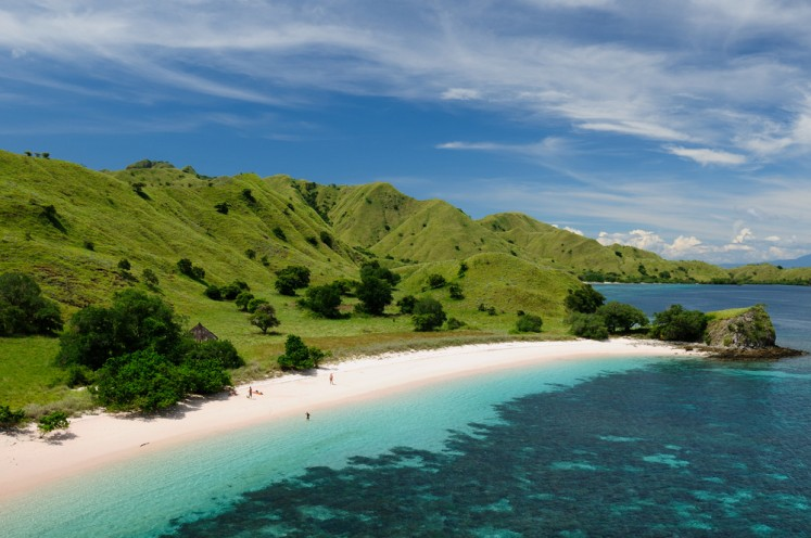 Picturesque beaches with white sand and turquoise water in Komodo National Park.