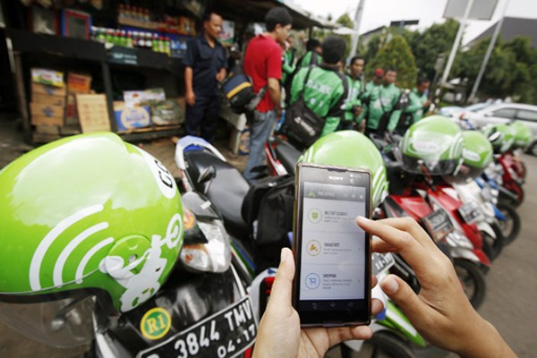 Traffic accident claims 'ojek' driver's life