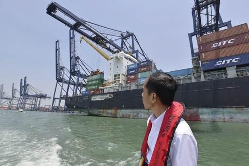 Jokowi's 7% growth dream slips further away