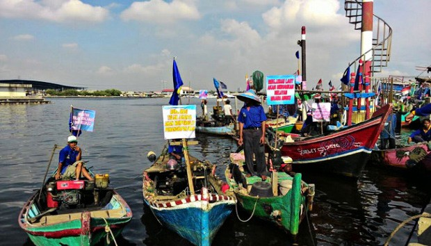 Threatened fishermen rally against reclamation project