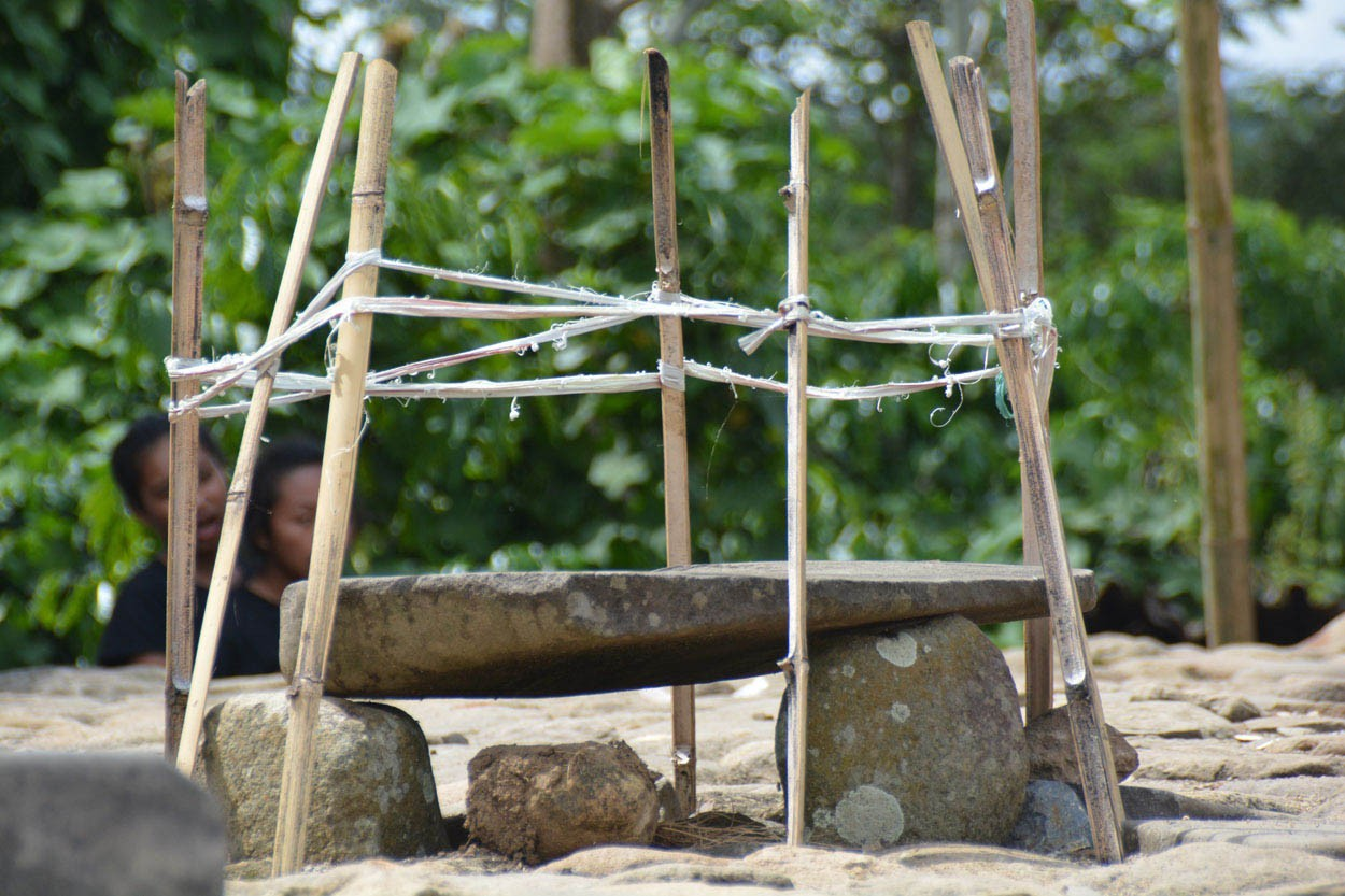 Clean-up ritual a la Manggarai people