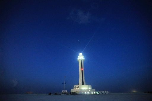 2 more Chinese lighthouses in Spratlys
