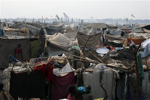 Kenya closing camps with hundreds of thousands of refugees