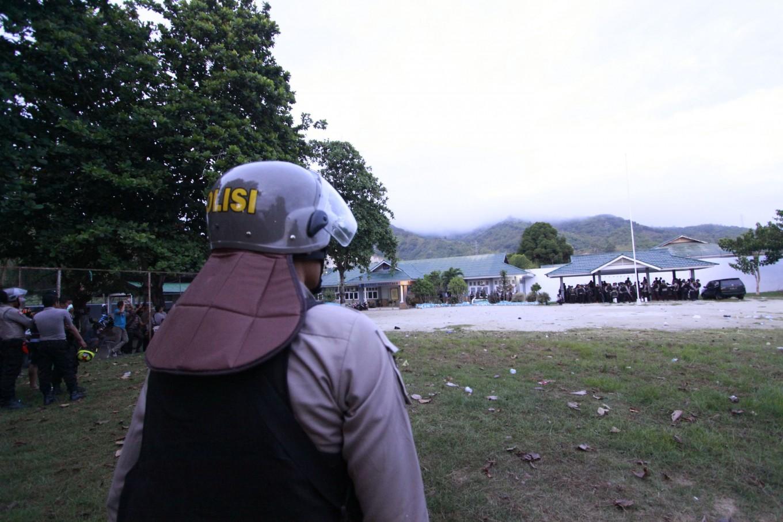 Alleged Gorontalo prison riot instigator surrenders