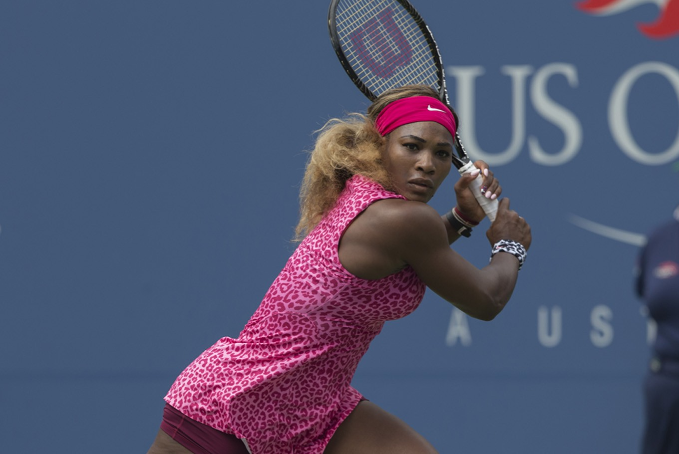 Serena Williams beats Maria Sharapova on income