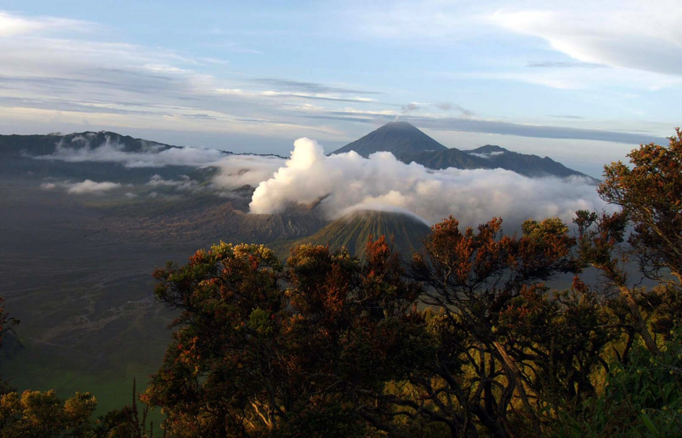 The mesmerizing view of Mount Semeru in East Java. (JP/Wahyoe Boediwardhana)