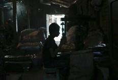 Bangladeshi boy Salim,12, works at a metal factory in Dhaka, Bangladesh, Sunday, June 12, 2016. He earns less than $5 per week. AP Photo/ A.M. Ahad