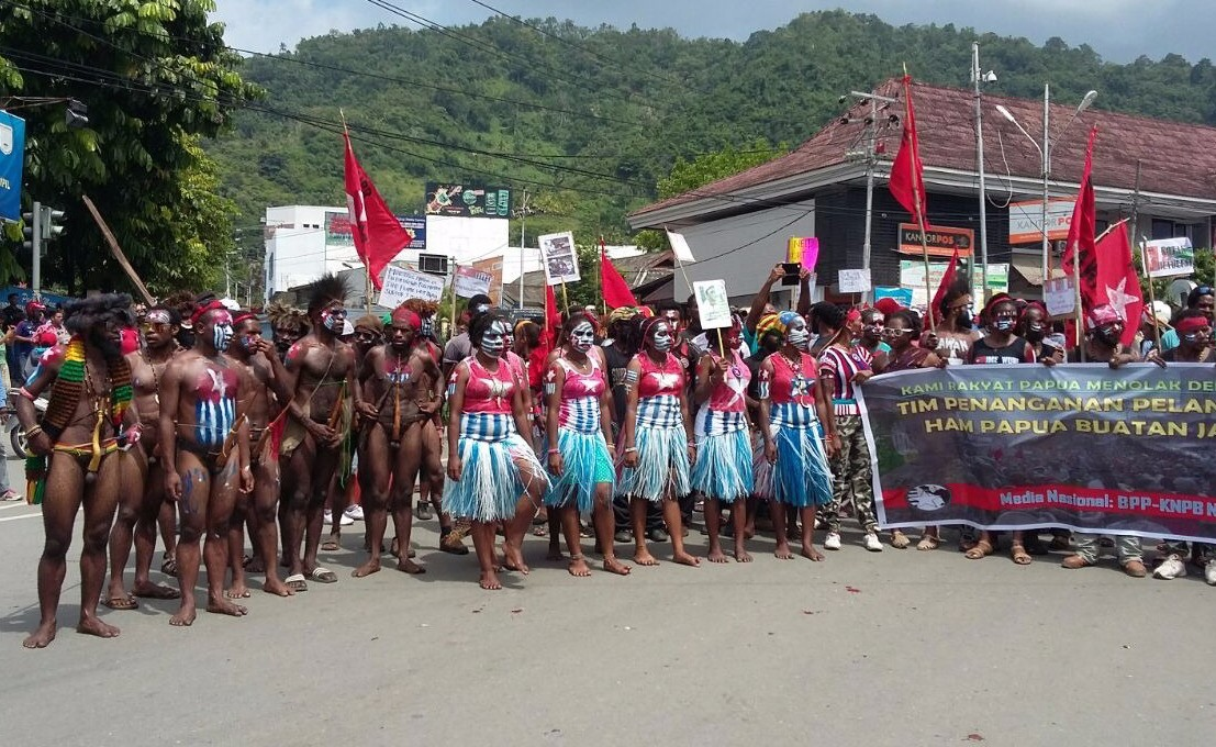 Police detain 107 Papuan independence activists for questioning