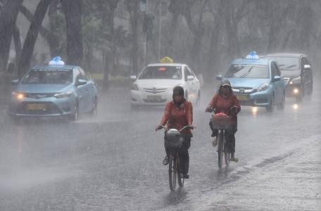 City plans bicycle lane on Jl. Sudirman