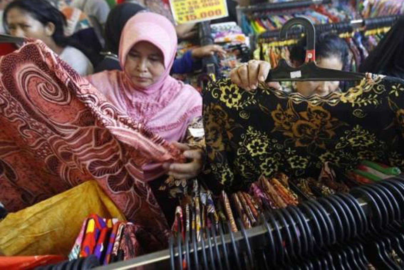 Going shopping at Tanah Abang market? Check out this directory first