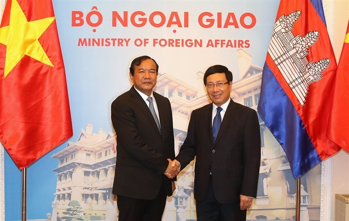 Cambodian FM keen on increasing ties with Vietnam