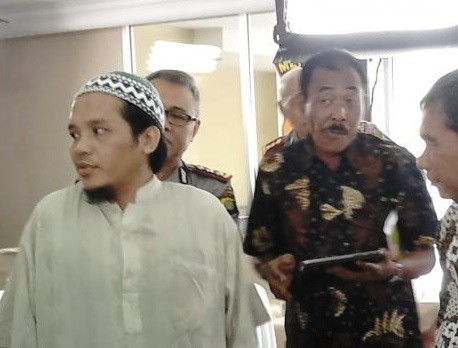 Govt to involve ex-terrorists in renewed de-radicalization program