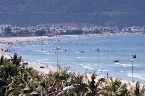 Chinese tourist surge strains Vietnam's tourism services