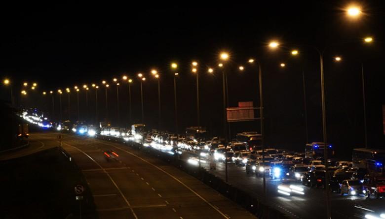Millions of vehicles leave Jakarta for Idul Fitri exodus