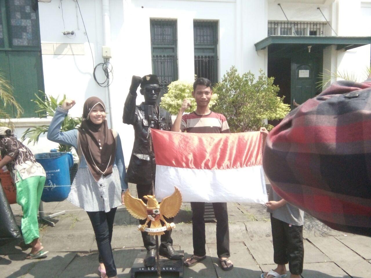 Idul fitri greeting indonesian or arabic way national the idul fitri greeting indonesian or arabic way kristyandbryce Choice Image
