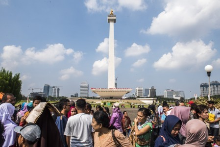 No view from the peak for many Monas visitors