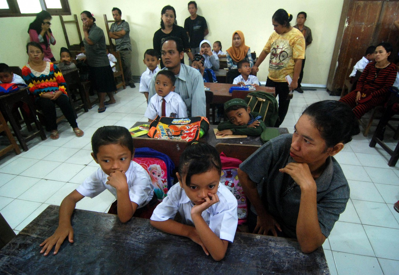 Indonesia needs 'nearly 1 million' new teachers for state schools