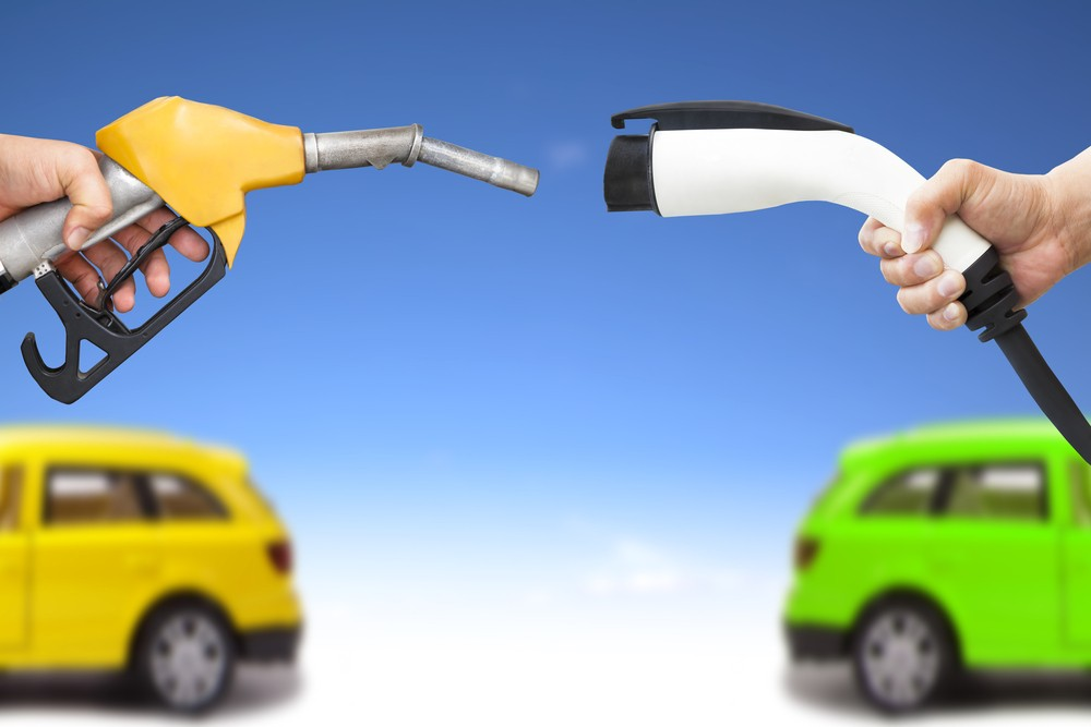 Electric Cars Vs Gas Cars >> Ui S Electric Vehicles Ready To Hit The Road Science