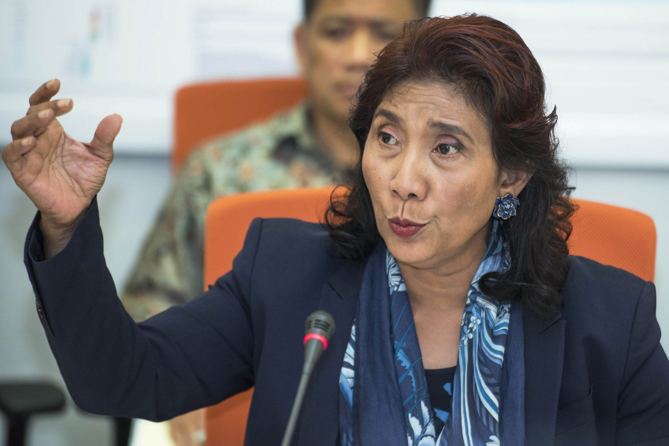 Susi insists on continuing her ship-sinking policy
