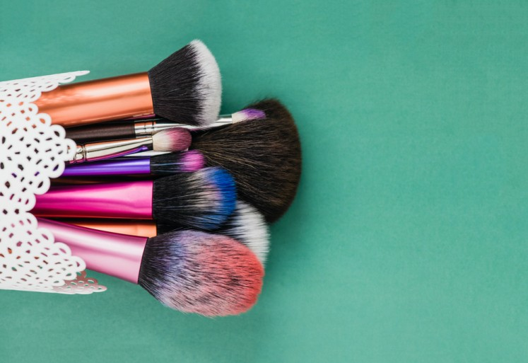 lifestyles as a makeup artist