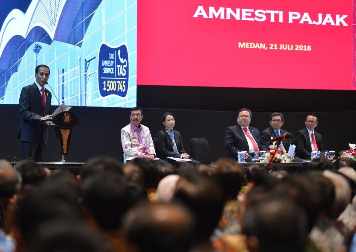 Jokowi invites SMEs to join tax amnesty program
