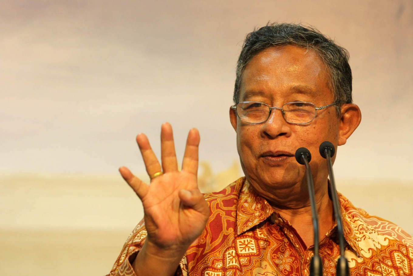 Indonesian ambassadors told to help boost exports