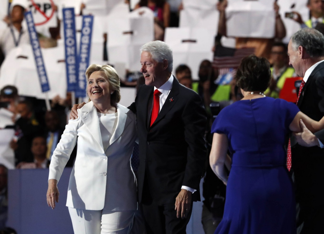 Amid UK-US leaks row, cables reveal tensions under Clinton