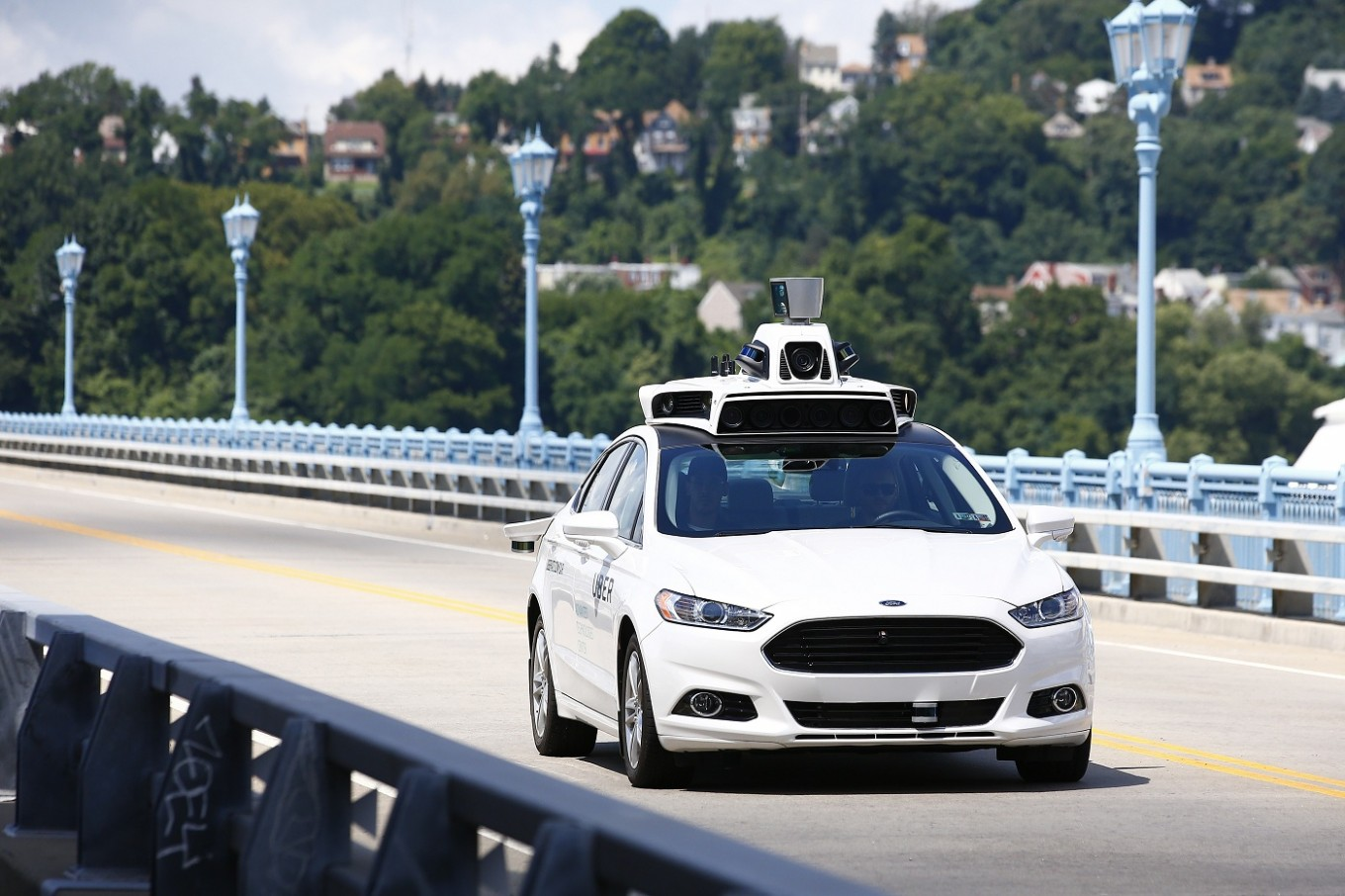 What Cars Qualify For Uber >> Self Driving Cars Go Public Uber Offers Rides In Pittsburgh