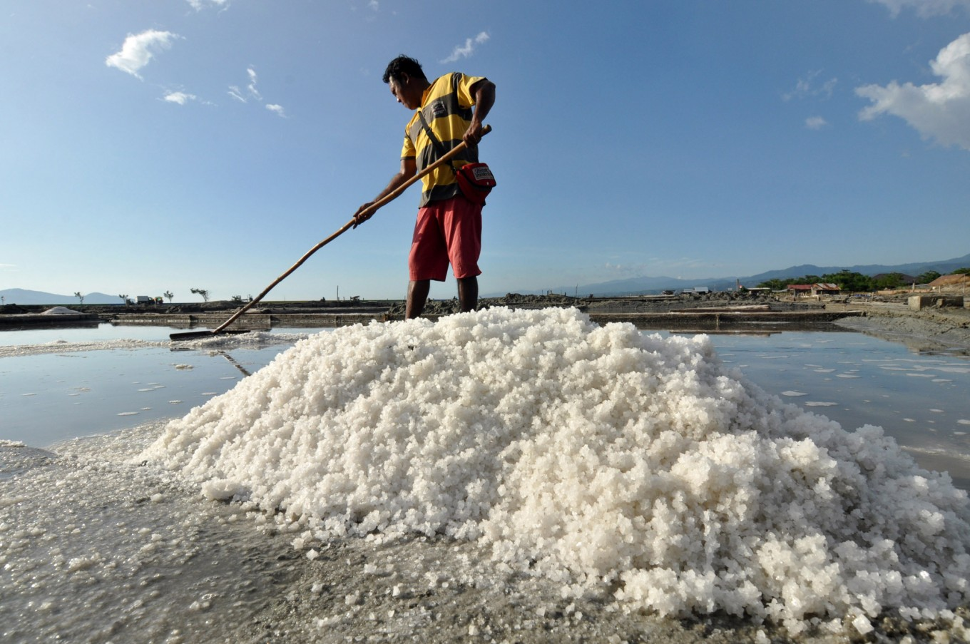 Ministry recommends 2.1m tons of imported salt