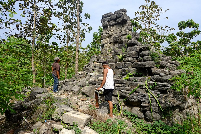 Illegal treasure hunters flock to Sukoharjo heritage site in Central Java