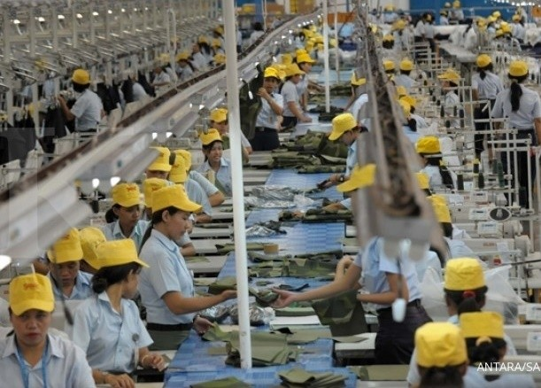China's factories reopen, only to fire workers as virus shreds global trade