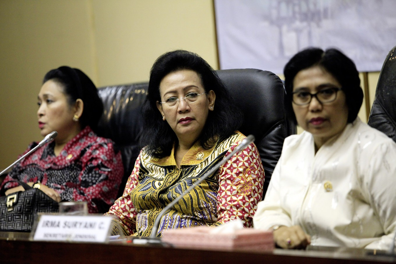 Women legislators must win public's trust by avoiding corruption: Women's empowerment minister
