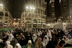 Muslim pilgrims pray the Fajr prayer before sunrise, outside the Grand Mosque in the Muslim holy city of Mecca, Saudi Arabia, Thursday, Sept. 8, 2016. Muslim pilgrims have begun arriving at the holiest sites in Islam ahead of the annual hajj pilgrimage in Saudi Arabia, with some weeping with their hands outstretched for a fleeting touch of the Kaaba. The cube-shaped shrine, at the center of Mecca's Grand Mosque, is the site the world's 1.6 billion Muslims pray toward five times a day. AP Photo/Nariman El-Mofty