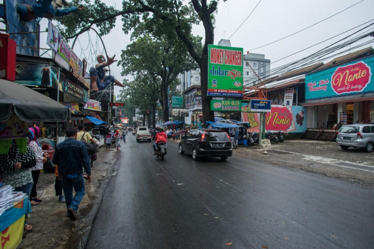 Bandung's Teras Cihampelas redefines pedestrian walkway