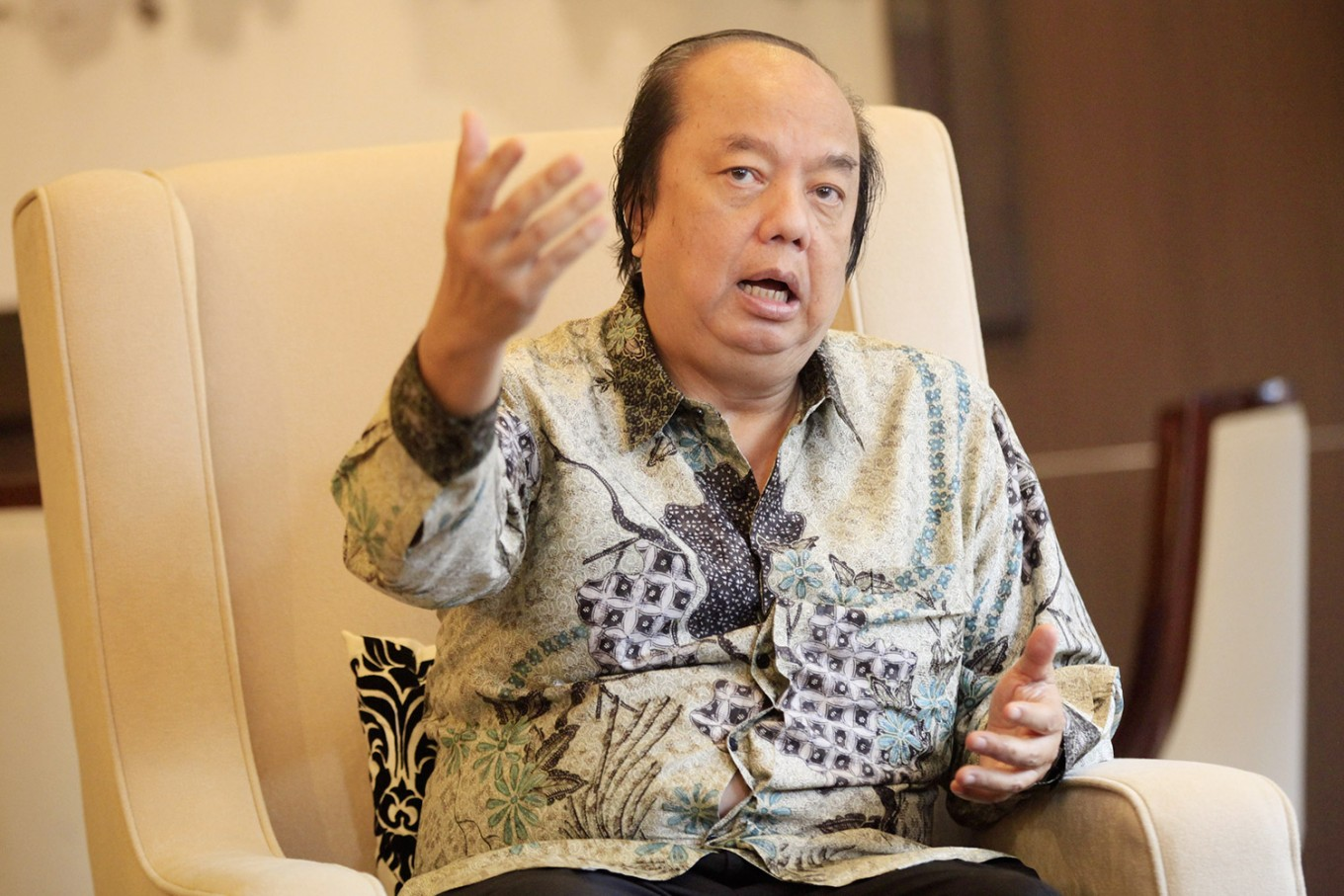Cigarette maker tops Forbes Indonesia billionaires list